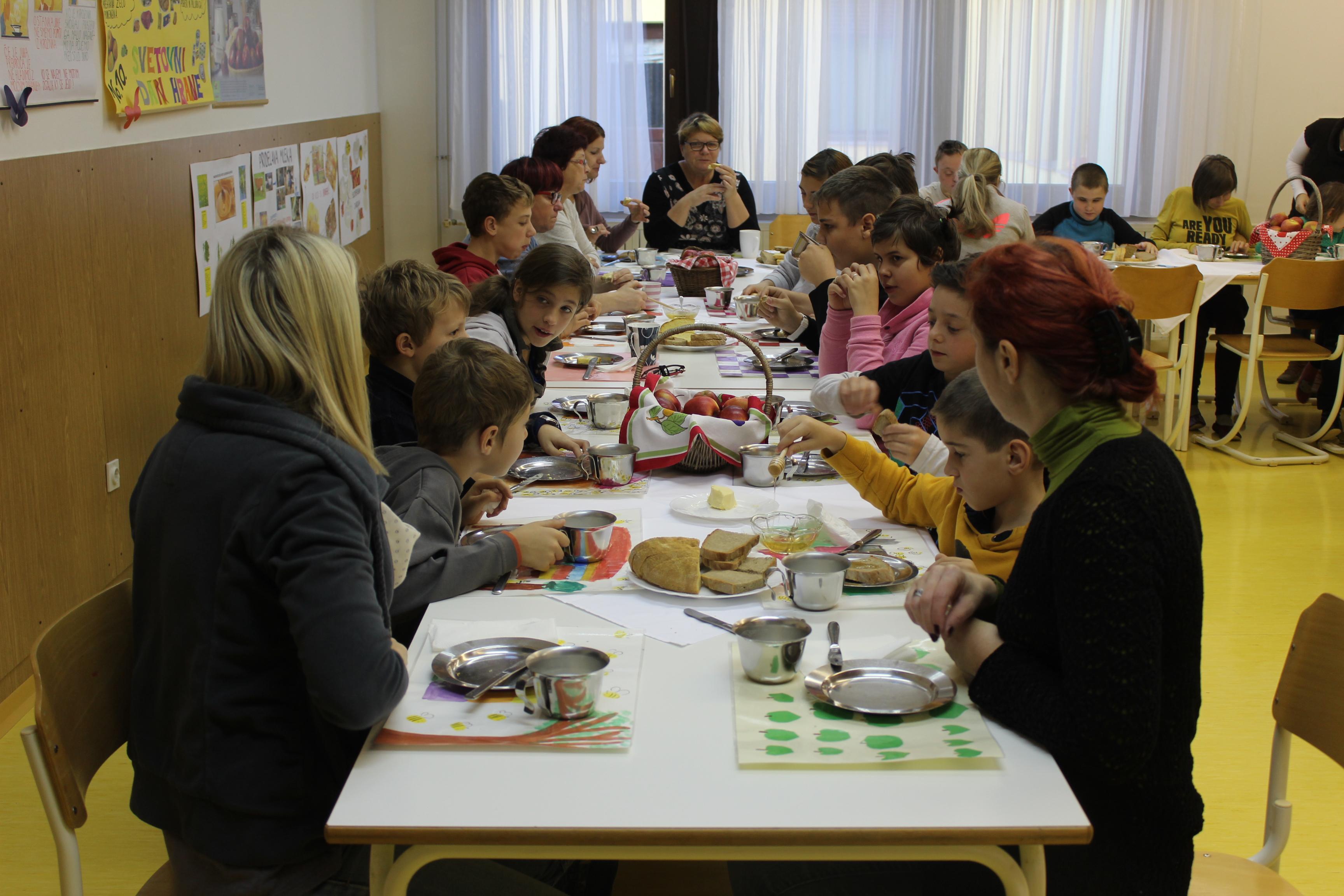 tradicionalni-slovenski-zajtrk-67