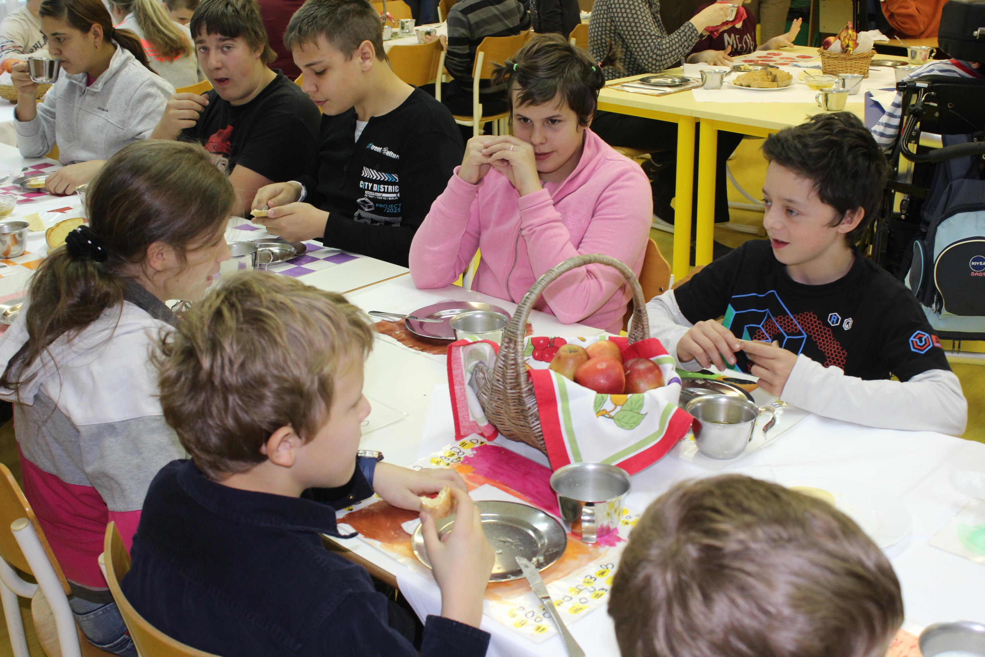 tradicionalni-slovenski-zajtrk-69